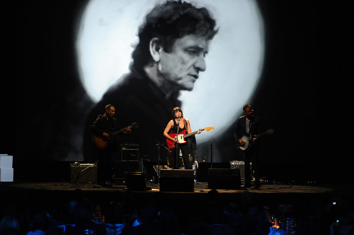 Norah Jones performs Johnny Cash\'s Ain\'t No Grave as part of the Johnny Cash Project at the 15th Annual Webby Awards.